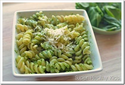 easy four ingredient spinach pesto